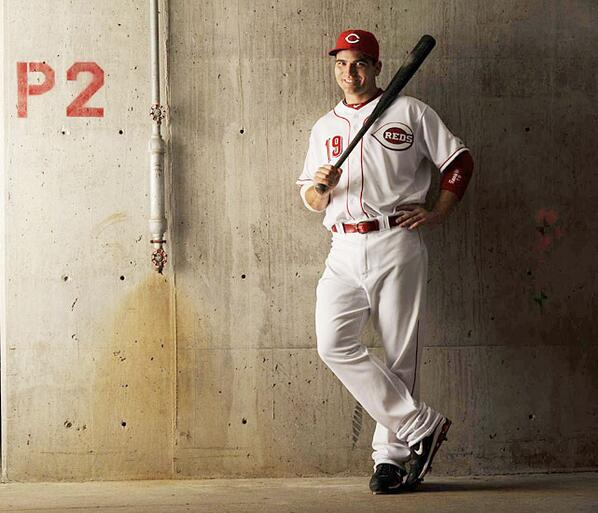 How would you like to win a #JoeyVotto autographed bat? RETWEET this to enter & support Joey as the #FaceOfMLB http://t.co/Jib4BqZkPA