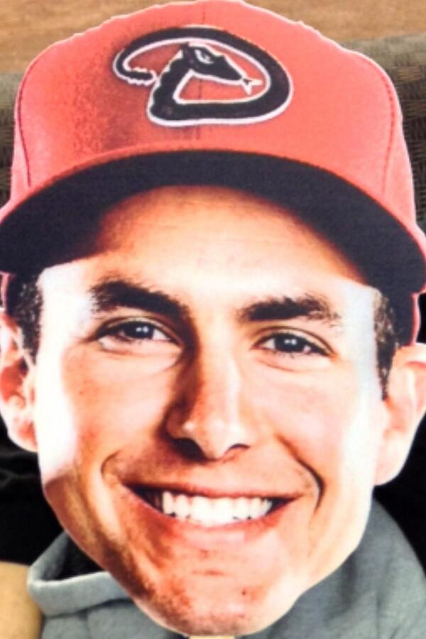 He's so sweet I can't help but tweet #PaulGoldschmidt #FaceofMLB http://t.co/cGABLWke7J