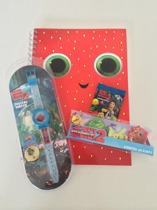 Follow & RT by 16/2 to win a Cloudy With a Chance of Meatballs 2 (http://t.co/HRlDMhit0i) goodie bag! http://t.co/3E6pffkV1d