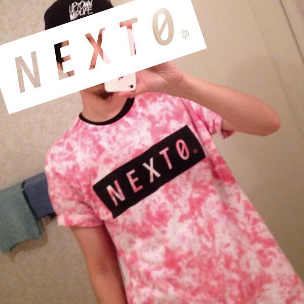 デザインっていうデザインもしてないんで恐縮ですが、今年も藤江生誕Tシャツ作らせていただきました  思いのほかいい感じで気に入ってます  ありがとうございました http://t.co/m5yMqACLRH