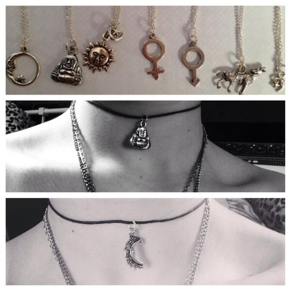 Anyone fancy a necklace/choker? Rt this for a chance to win one http://t.co/U52nzuWTK0