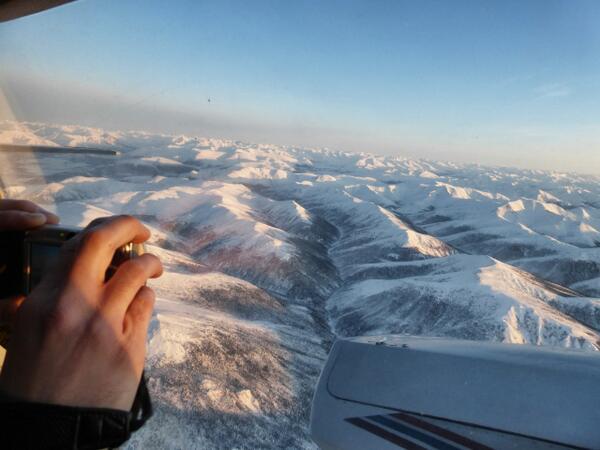 Good morning, Alaska. Flying AKP-FAI over the Brooks Range. @warbelowsair #AvGeek http://t.co/BbpnbS3ISa