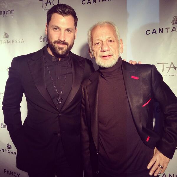 So proud of @MaksimC and Robert Kheit on the launch of #CantamessaUS!You can expect big things from these two! http://t.co/scDE4uuiIv