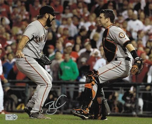 Our first day of #MLBPAASpringClean: RT to win this 2010 @Giants @BrianWilson38 #WorldSeries photo! http://t.co/BXPlZYqO4Z