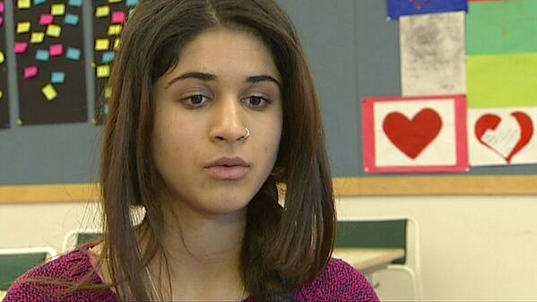 16-åring riskerar utvisning och tvångsgifte. Skolkamraterna försöker hjälpa. #låtkainatstanna http://t.co/7ePkRgCvsr http://t.co/5U6bb2wyVk