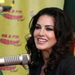The very beautiful @SunnyLeone talking about her latest film #RaginiMMS2. Isn't she just gorgeous!! Haaye :) http://t.co/ebjZBZC8G0