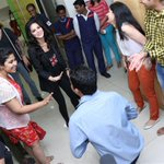 What happened when @SunnyLeone walked into the Mirchi Studio's? Here...Dekho! :D http://t.co/v3S7RIcWlV