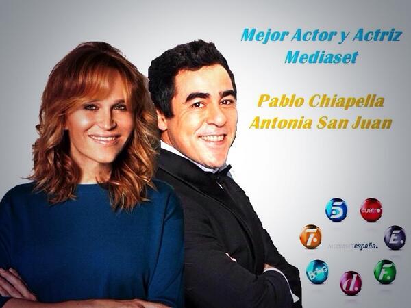 Que me tenga que enterar por aquí!! Felicidades GRANDES!! @Antoniasanjua @Pablochape http://t.co/URbJmSvHvG