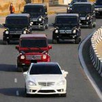 RT @Abuja_Facts: The Kinda Cars You See In Abuja. RT If You Love Mercedes Benz http://t.co/c6MFOdbJs0
