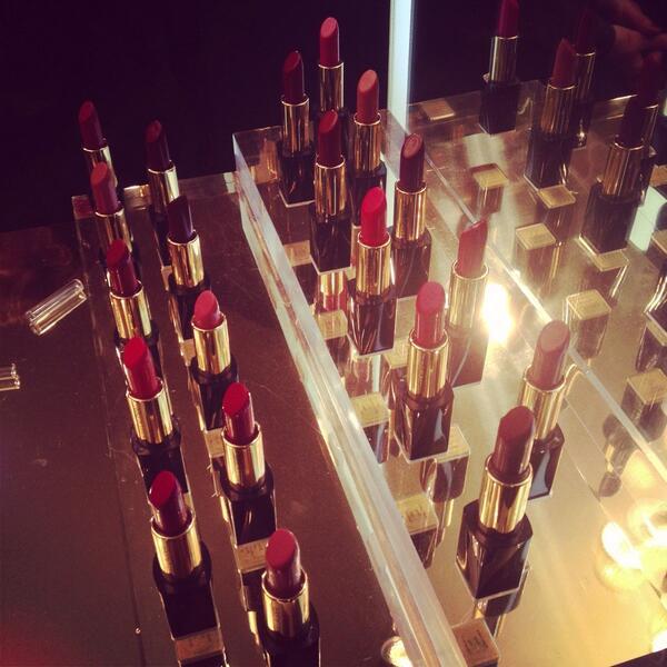 Pure color envy @EsteeLauderIT Event #beauty #weloveit http://t.co/H8eZOWaQGQ