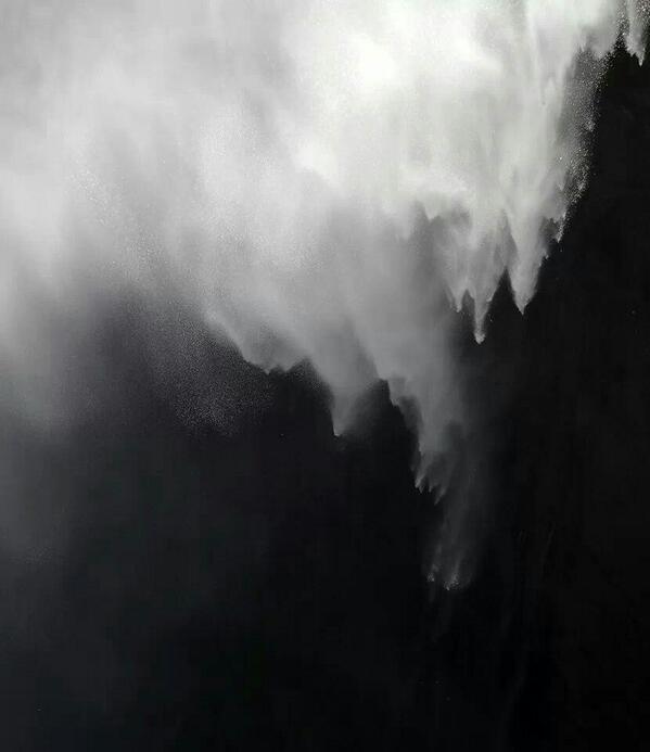 Pues si señor el nacimiento del Nervion en Álava, no hay que ir muy lejos para ver una gran Cascada! http://t.co/hwFHdfizbV