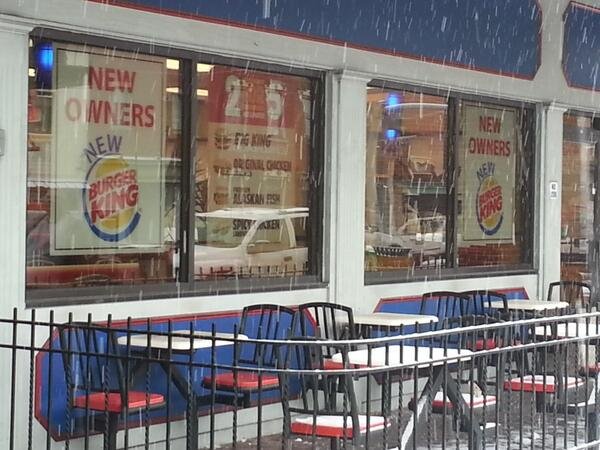 Ladies and gentlemen a real Burger King again! I'm not a fast food person but I sure welcome responsible neighbors http://t.co/neXEOXzKzI