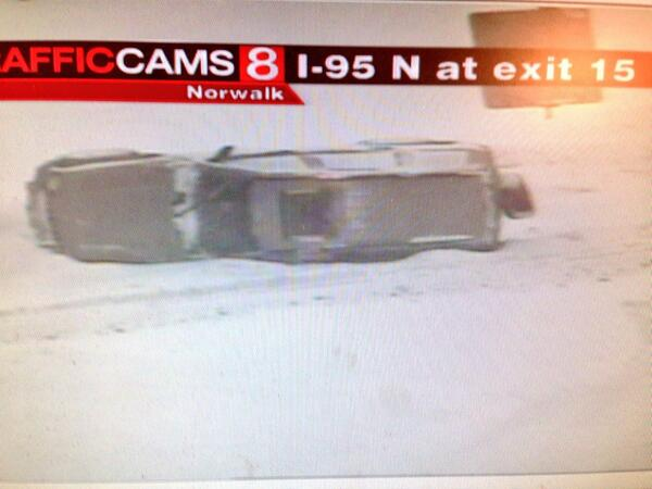 It's a dangerous situation on our highways: 95n in Norwalk. http://t.co/8BpCch1zaM