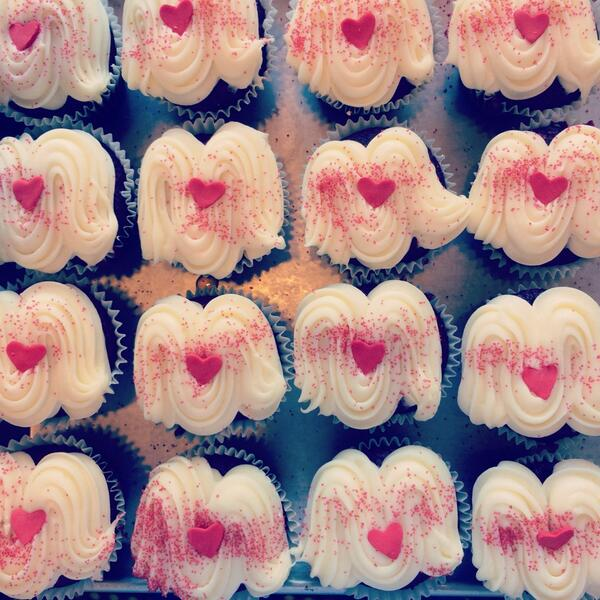 Rows and rows of red velvet for valentines day. #spiceitup http://t.co/Nc5Rbt3DqK