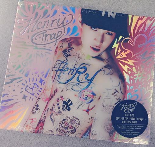 Dreaming of Valentine's Day with Super Junior-M's Henry? We want to give you his album, #Trap. RT & follow to win! http://t.co/VxhkAt1fnh