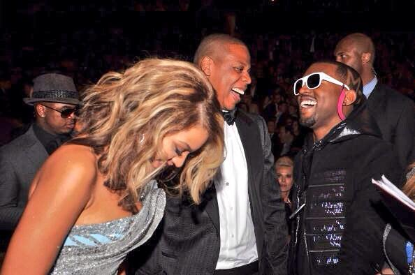 .@kanyewest dropped a surprise remix to #Beyoncé's smash single 'Drunk in Love'. Take a listen http://t.co/H2ggv88nGN http://t.co/WY2g30W9eO