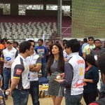 RT @ccl: @shrutihaasan #CCL4 catching up with Sohail Khan #hyderabad http://t.co/1Lprh4khYi