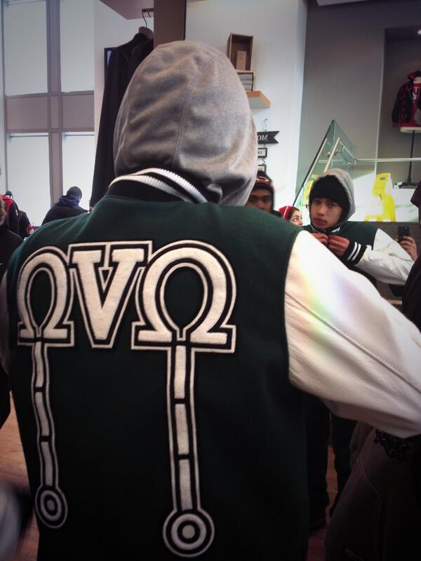 Worth the wait... the @welcomeOVO 2014 Tour Jacket. If you were lucky enough to pick one up, send us your pics! JF http://t.co/BKadYQxoE3