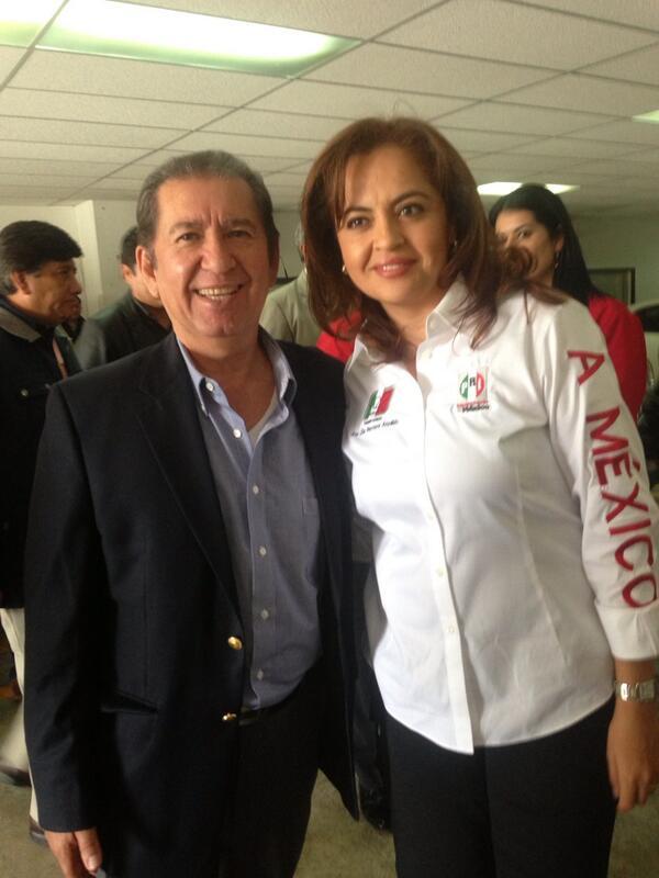 Felicidades @analiliaherrera por la ASAMBLEA NACIONAL DEL MT, mucho ÉXITO!!@CCQ_PRI http://t.co/xDqMYwJSQi