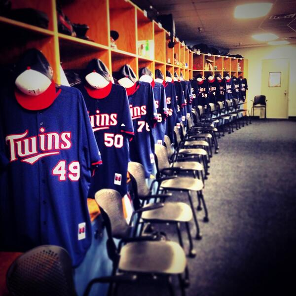 Oh happy day! RT @Twins_morsecode: Baseball is back! #MNTwins #SpringTraining http://t.co/QQNcbulbX6
