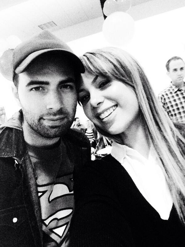Love u my #Olderbro @jencarlosmusic http://t.co/0rA4LGzL3J