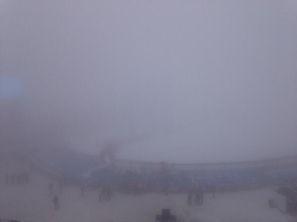 Pea soup at the Snowboardcross looks like will have our first postponement of the Games up here. http://t.co/Q2Q2HVmjgn