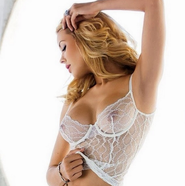 If #Playmate @misskennedys ever ran for office, she'd have our vote in a heartbeat. #NSFW [pic]: http://t.co/dTxvhLxejQ