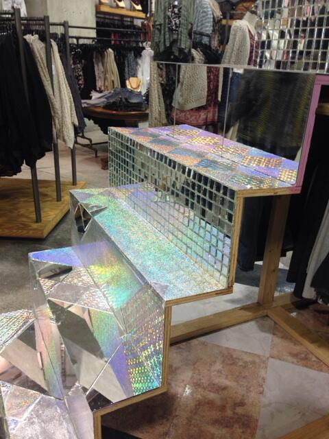 The mirrored stairs @UrbanOutfitters are worth a million stares http://t.co/0pbkBp8LEj
