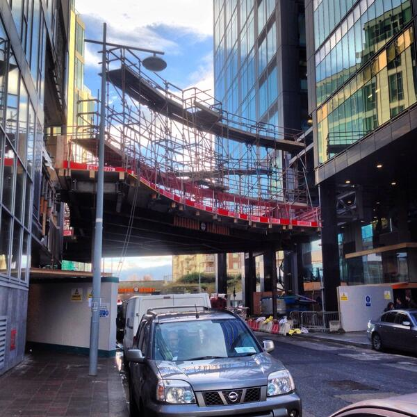Over the weekend Google have built a Sky Bridge over Barrow Street http://t.co/GSib63TzCi