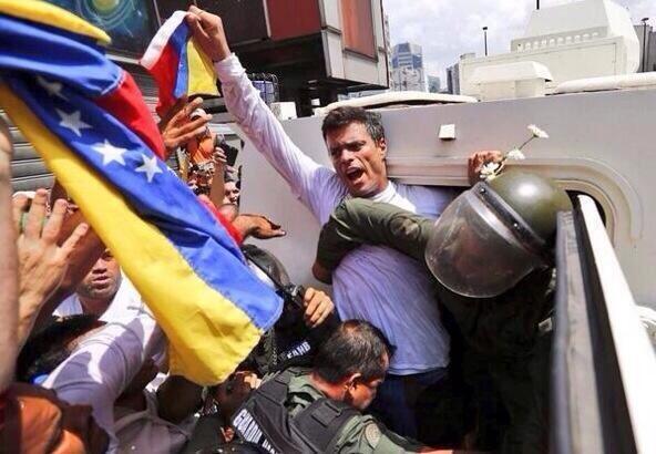 La verdadera lucha por la paz y la justicia #18FLeopoldoTeAcompanoTrancandoMiCalle #PrayForVenezuela #Venezuela http://t.co/2tjHGpgoZz
