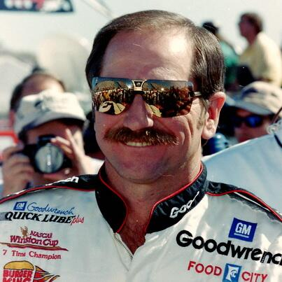 Retweet to remember @NASCAR's Intimidator. #NASCAR http://t.co/wCSImmnSs2