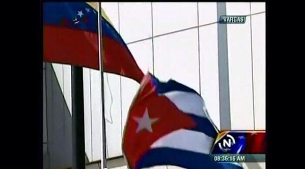 ABAJO CADENAS! http://t.co/djDX7XHOHv