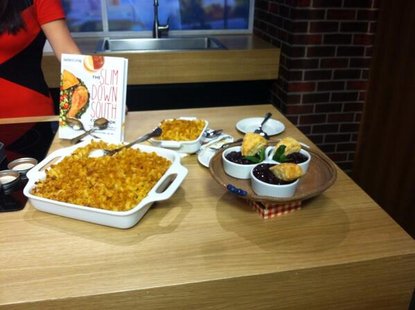 We are LOVING @carolynoneil's recipes this morning! #SlimDownSouth http://t.co/tR0Fi0IUtt