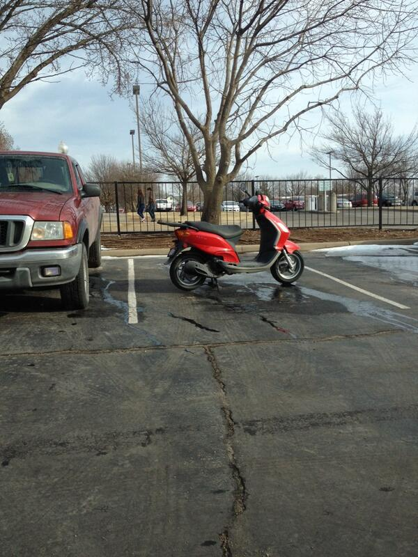 We have reserved spots for motorcycles & they're closer to the building. Please don't take away spots from others. http://t.co/1PLiFZ411k