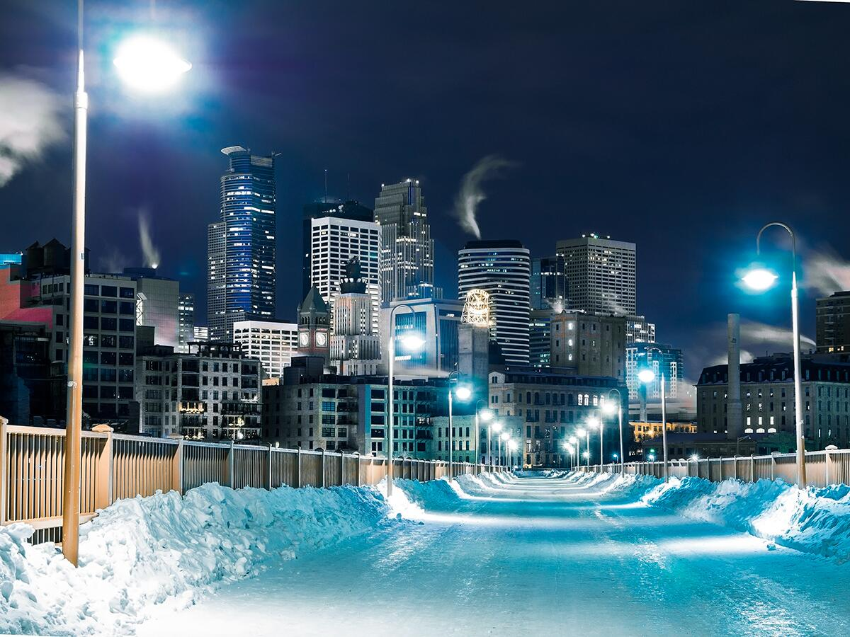 Check out this beautiful pics of #Minneapolis! By one of our favorites, @tomnguyenart, & he's not just a phtographer. http://t.co/Y359Q2WU5C