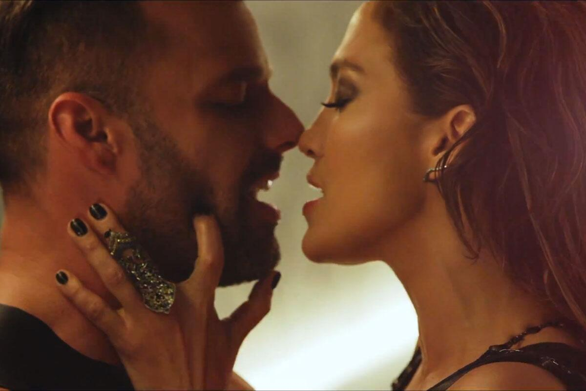 RT @OnAirWithRyan: Watch: @JLo & @ricky_martin get hot and heavy in 'Adrenalina' video! http://t.co/gD744AYtYx http://t.co/ZPO7p9SdPS