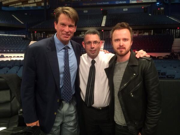 Yo.....look who's hanging with me and @ jclayfield at @wwe raw in Chicago.  It's @aaronpaul_8! http://t.co/u4Xz1q8EJ8