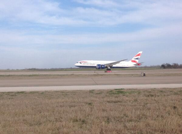 Welcome to Austin @BritishAirways! The 787 Dreamliner just touched down @AUStinAirport. http://t.co/M5labbGugB