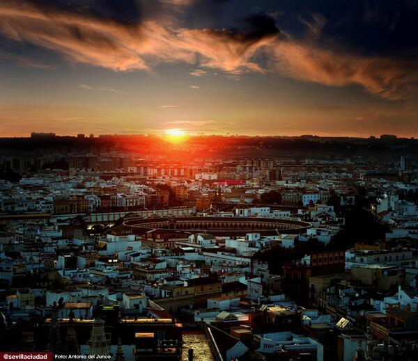 #Sevilla. Nos sobran 80 caracteres... http://t.co/4VCQu6s4RO