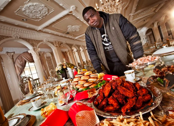"""RT @ryanbassil: Gucci, are you STILL hungry? """"Bitch, I might be"""" http://t.co/D5n76Ll32B"""