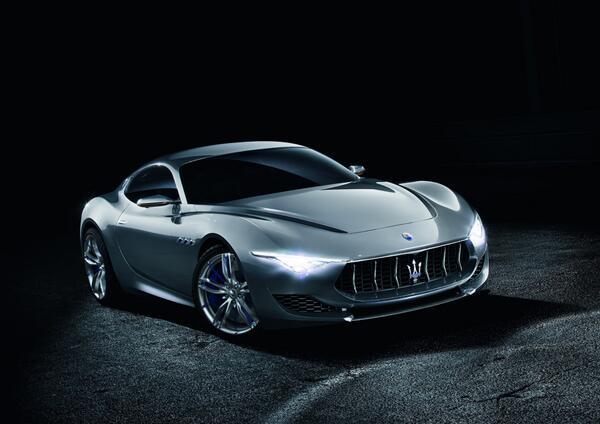 Maserati Alfieri sports concept revealed http://t.co/DoBHCKZpSM http://t.co/iELv8bHShO