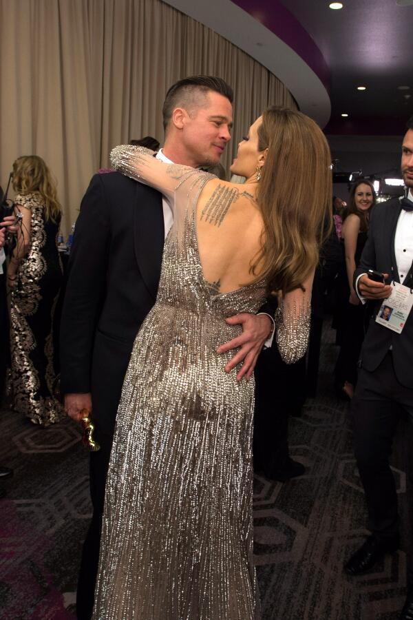 Одно из лучших фото с #Оскар'a http://t.co/dyaFb22XtJ