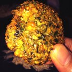 RT @abufarhanazmi: Hot & Crispy #Falafel, can you smell it?? It's beautiful.. #Bismillah