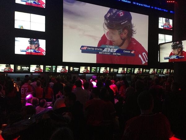 Charlsie Agro (@CBCharlsie): About 1000 people watching the game here at Real Sports. I'm told #Mayor Ford will be here too #sl http://t.co/FIiAe9Qwwl