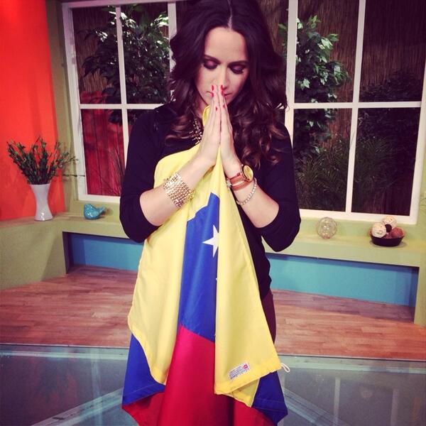 Orando por ti #Venezuela. Dios, Concédeles su libertad! #PrayForVenezuela #PazParaVenezuela #SomosTuVozVenezuela