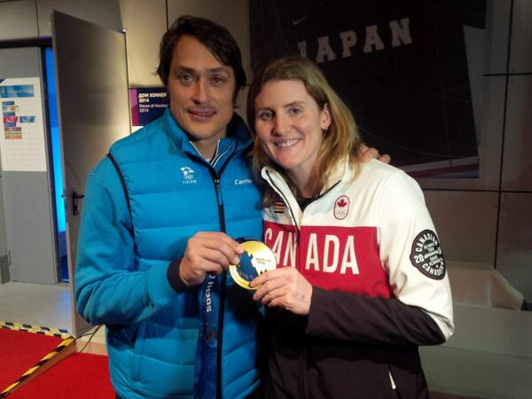 Great day...Gold and silver on snow, bronze n win on the ice, a phone call from the great one, and my fav Teemu! http://t.co/M6pL3xrwFK