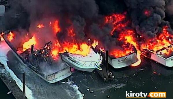 At least 20 boats are now on fire in Skagit County, WA: http://t.co/1QkgfBudo1 @KIRO7Seattle Stream:  http://t.co/xtyqiy05Ys