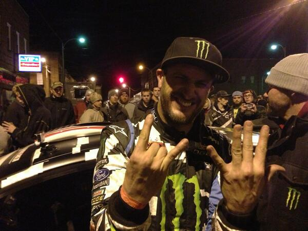 @kblock43 and @AlexGelsomino win @100aw for the 7th time!! http://t.co/hAnUFArneU
