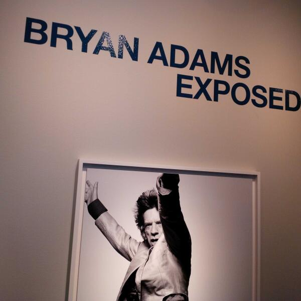 Great night of insight + art as @bryanadams brings a photo exhibit to Canada for the first time in a decade !@glenbow http://t.co/hWHioLLovo