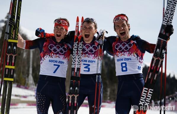 Браво, Максим Вылегжанин, Александр Легков и Илья Черноусов! http://t.co/MSluE1gau6